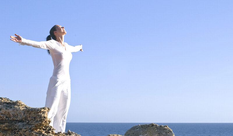 Yoga und Surfen bei Burnout